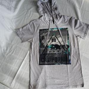 🏷 3/ $15 Mens small short sleeve shirt